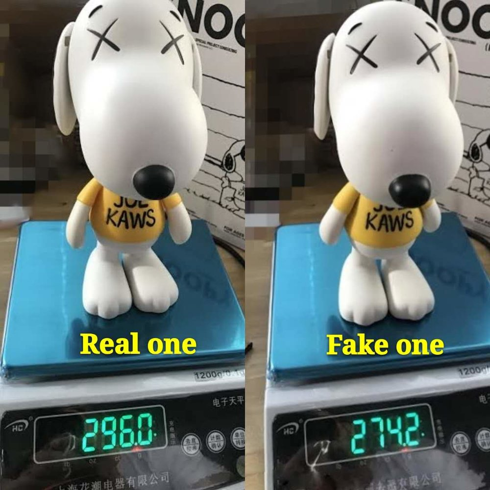 Step 1: Weigh your SNOOPY, the fake one will (usually) be lighter than the real one, real one usually weight around 295 grams. But still it seems that some fake now weight around 300 grams.