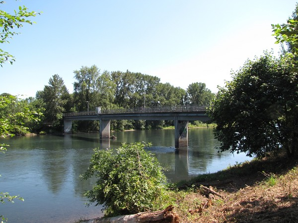 the oh-so-familiar Owosso Bridge, over which I crossed on a river walk almost every day for many years. Eugene.