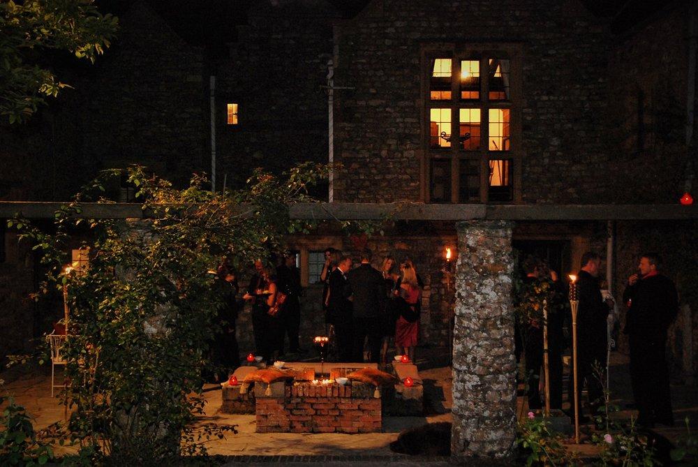 guests courtyard.JPG