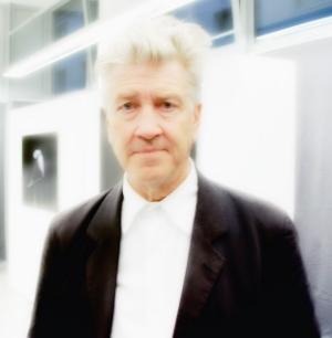 David Lynch, top button expert.