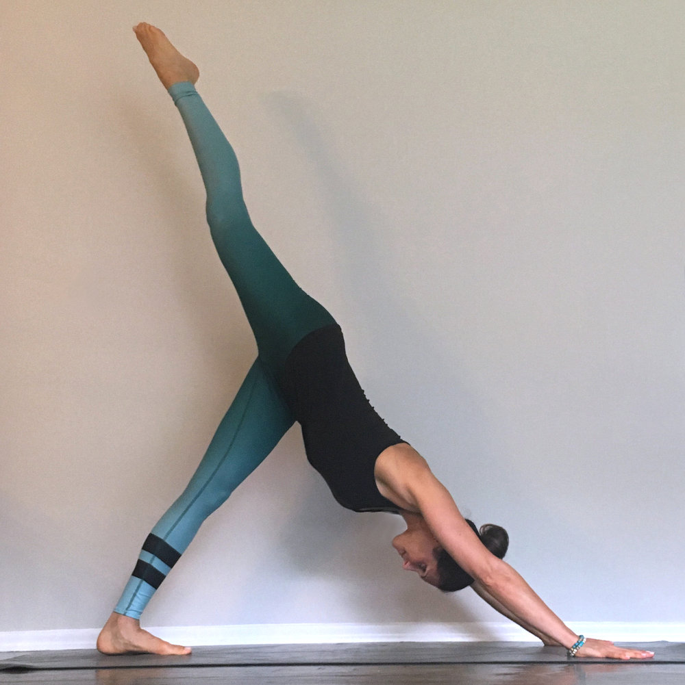 Here Are A Few Of My Favorite Cleansing Yoga Poses For Spring They Help Flush The Toxins That Have Accumulated In Our Bodies Over Winter By Stimulating