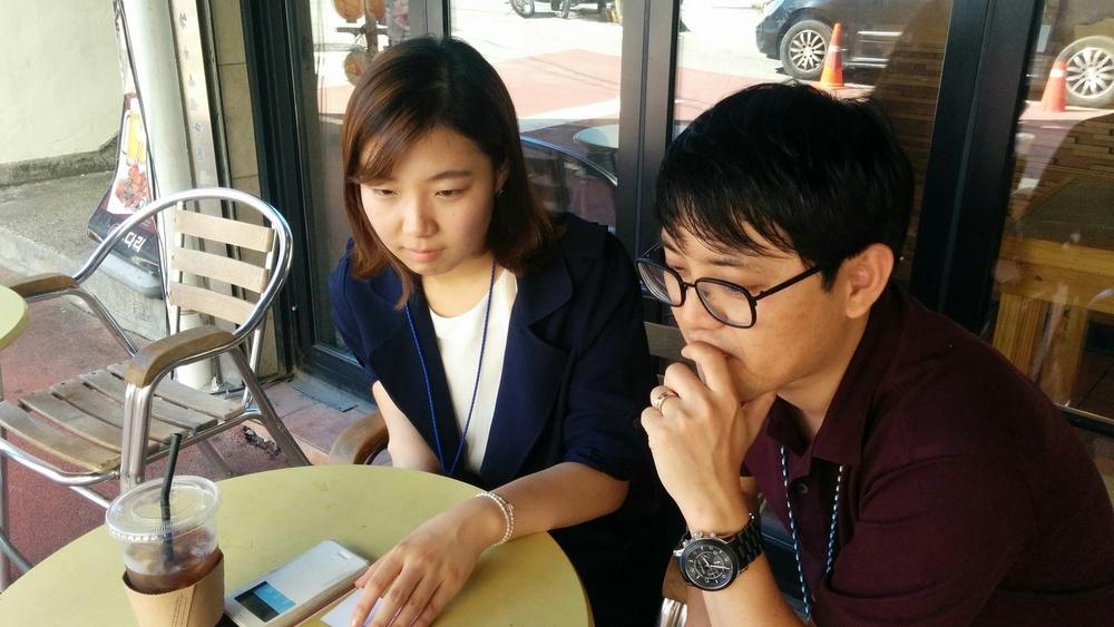 서울경제신문의 유병온기자님(우)과 정수현 기자님(좌)