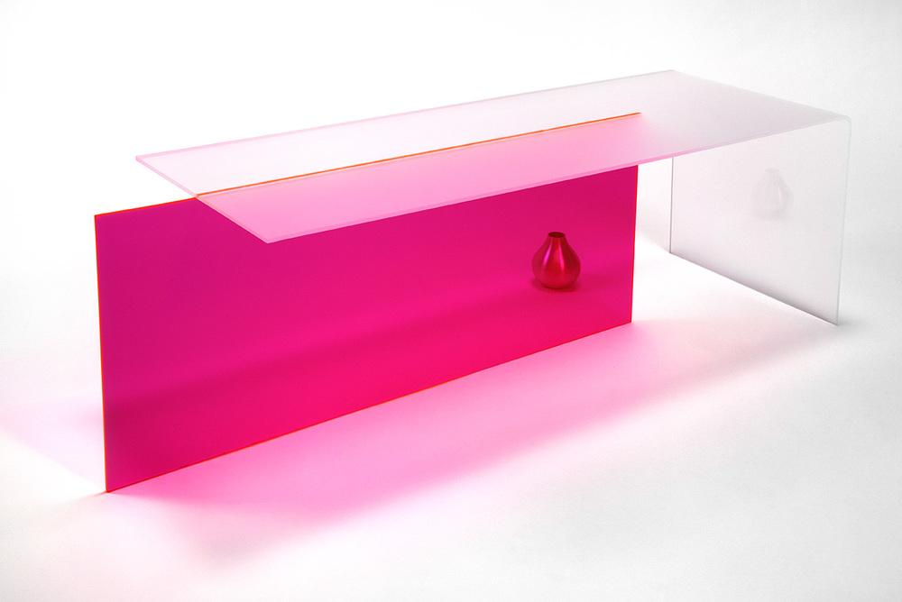 Pink_coffeetable_main