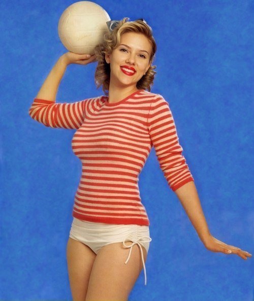 Scarlett Johansson rocking a pin-up inspired look