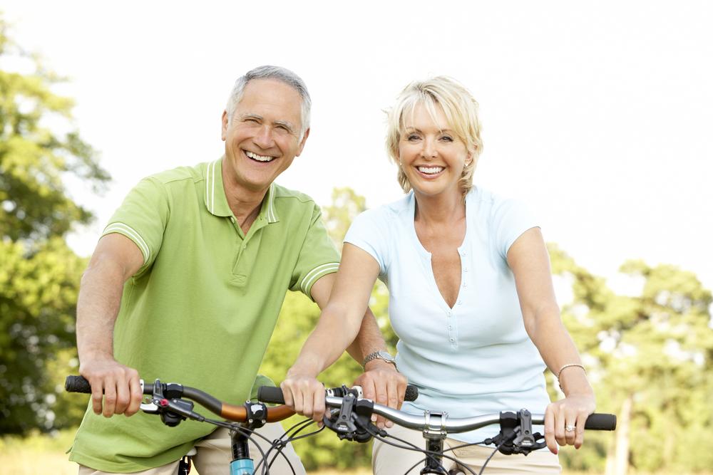 couple on bikes.jpg