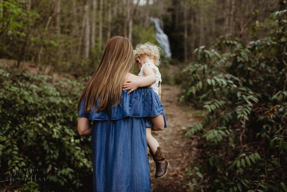 2018jennichandlerphotography_brevardnc_mommyandme_shannonandmyrick-14.jpg