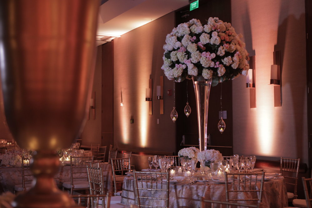 juliethbravo-centrodemesa-rosa-juliethbravo-ivory-gold-dorado-davidvasquez-weddingplanner-bodadestino.JPG