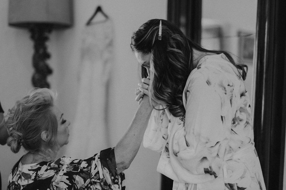 Julieth-Bravo-weddingplanner-bogota-miami-mamadelanovia-batas-matrimonio-hacienda-fagua.jpg