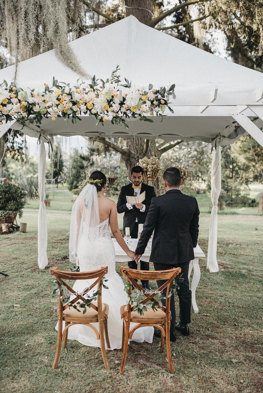 juliethbravo-wedding-planner-bride-groom-ceremonia-boda-destino-bogota-mexico-bogota-ceremonia-simbolica-morelle -vestido-novia.jpg