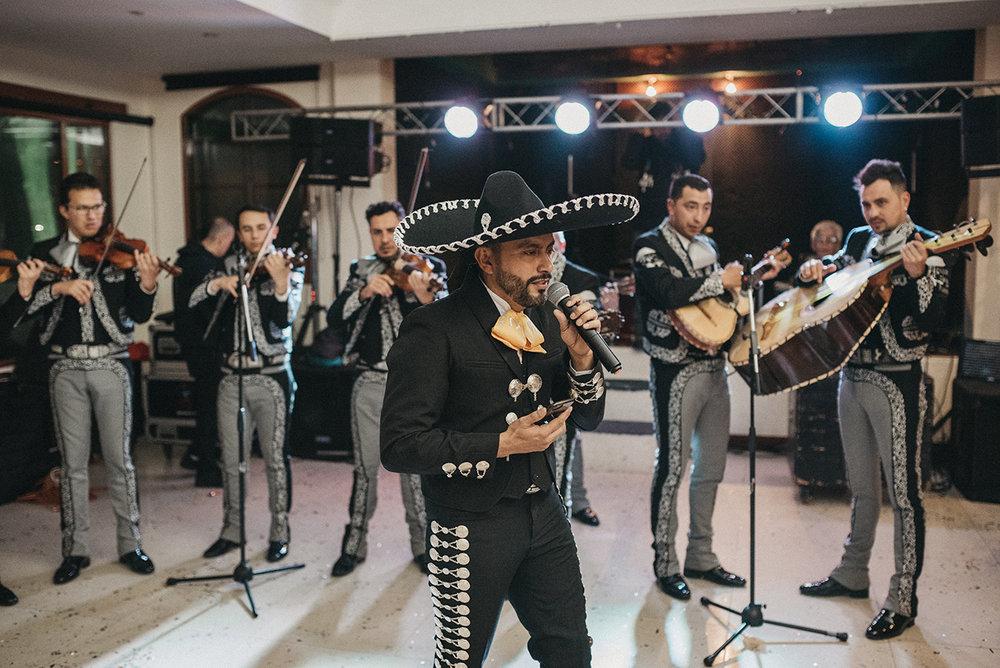 Julieth-bravo-mariachi-boda-destino-mexico-colombia-musica-sorpresa.jpg