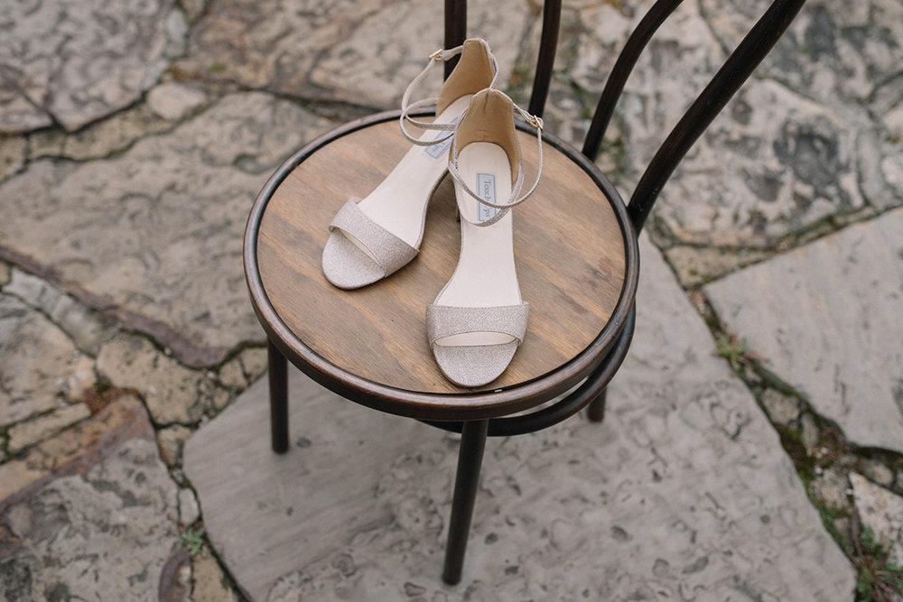 juliethbravo-weddingplanner-wedding-destinationwedding-bogota-zapatosnovias-weddingshoes-bodacercaabogota-fagua-hacienda.JPG