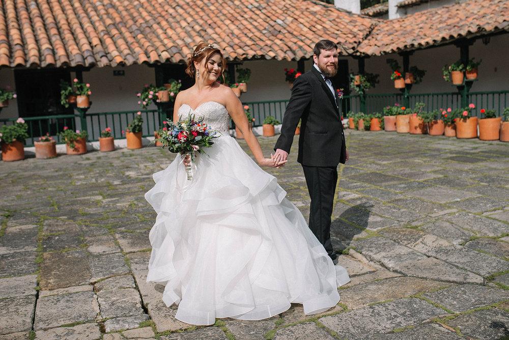 juliethbravo-weddingplanner-firstlook-bouquet-novia-vestido-groom-novio.JPG