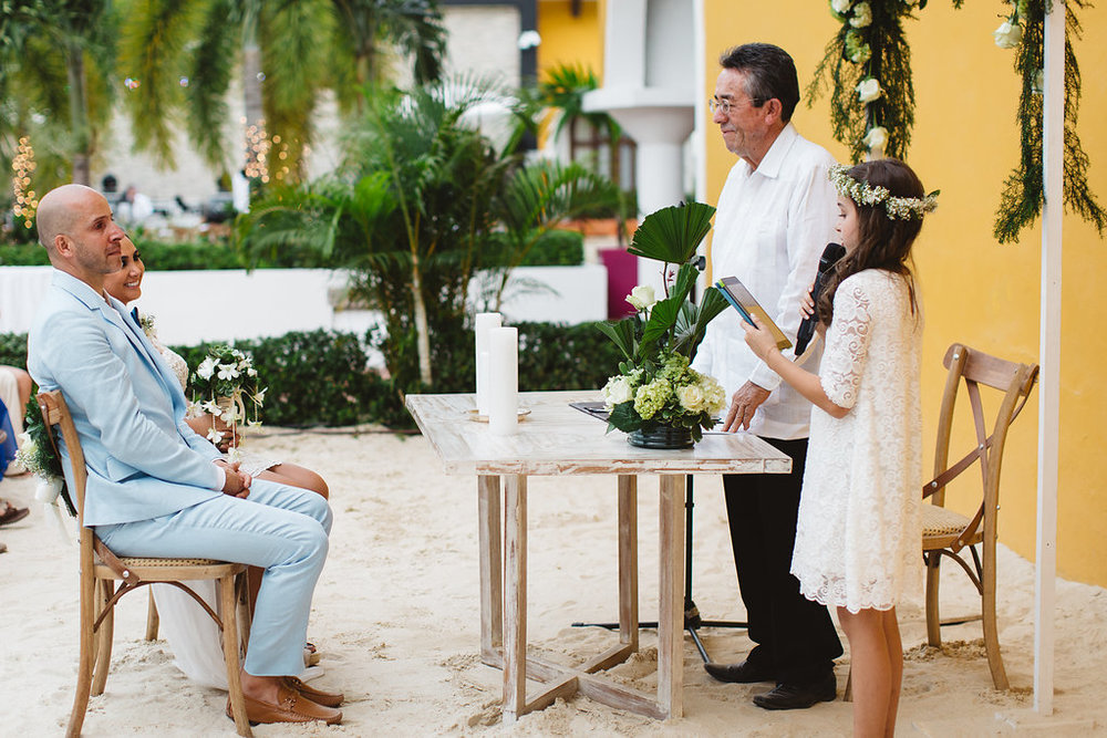 julieth-bravo-weddingplanner-bogotoa-papeles -boda-civil-con-hijos.jpg