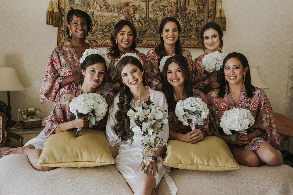 julieth-bravo-weddingplanner-bogota-miami-villadeleyva-boyaca-destino-destination-wedding-hotel-casareal-robes-bride-bridesmaids-bride-matrimonio.jpg