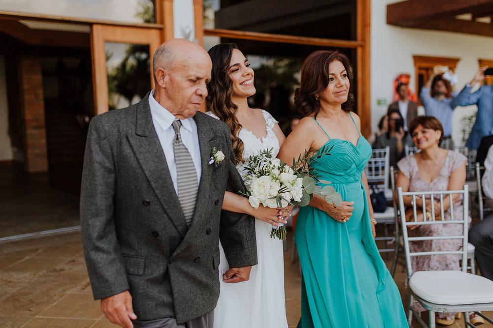 julieth-bravo-wedding-planner-matrimonio-cristiano-brunch-boda-destino-venezuela-pereira-ejecafetero-cristiano-brunch-amor-papas-novia-matrimonio-hotelvisus.jpg