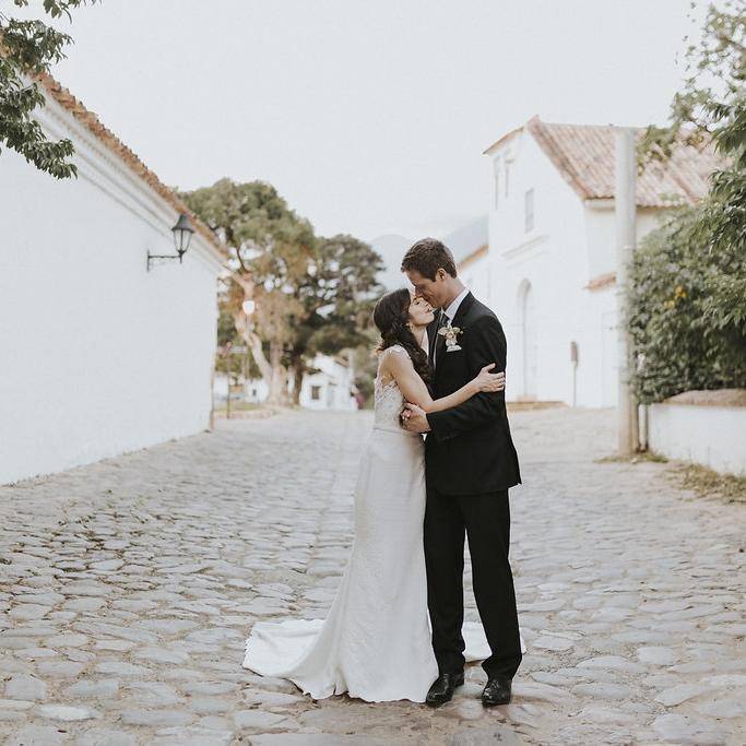 julieth-bravo-wedding-planner-miami-bogota-villa-de-leyva-matrimonio-destino-boda-francia-pronovias.jpg