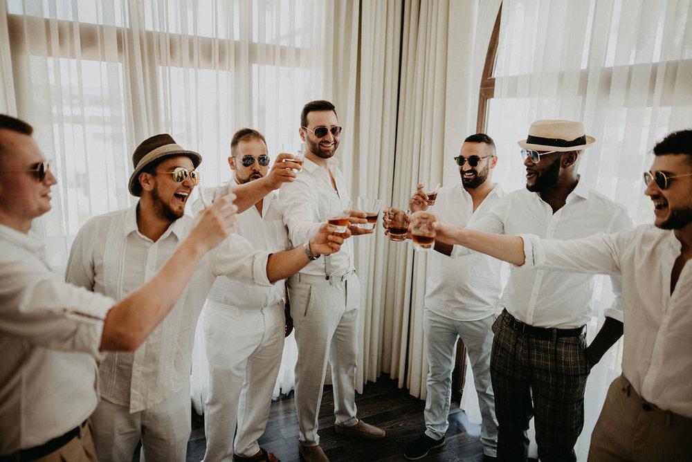 julieth-bravo-wedding-planner-destinatio-wedding-groom-grooms-men-colombia-boda.jpg