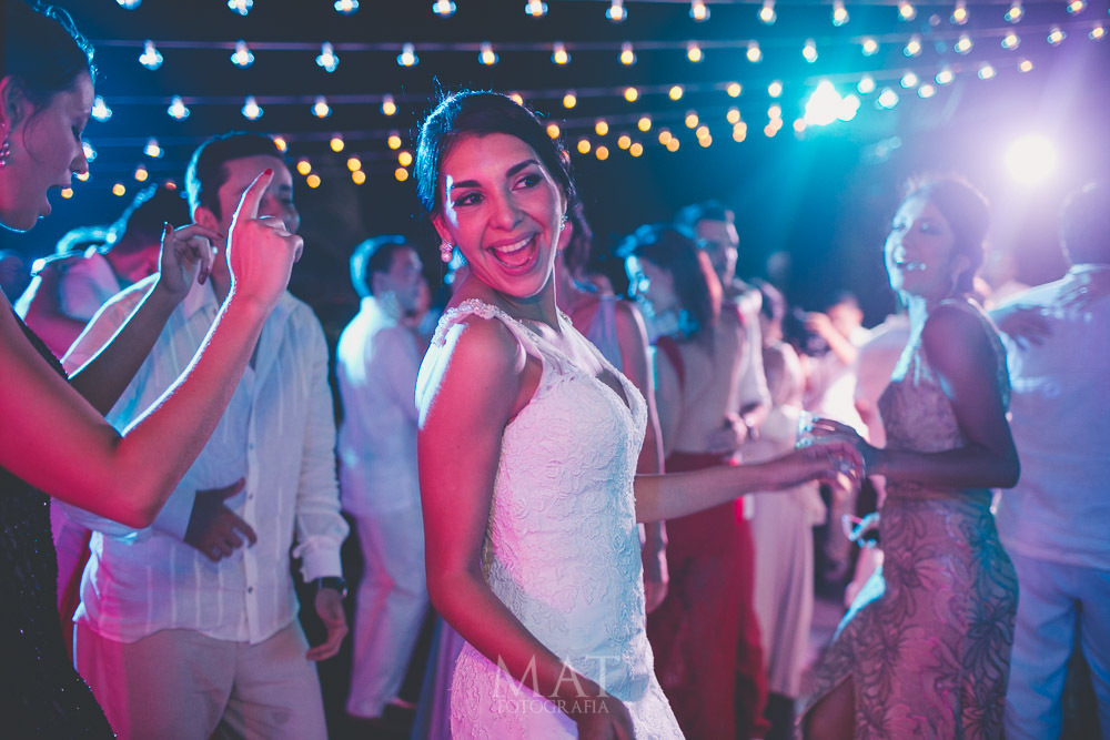 sylvanne-gysella-juliethbravo-wedding-planner.jpg