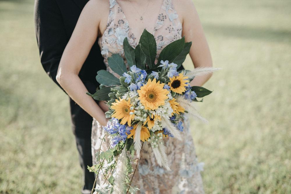 julieth-bravo-wedding-planner-bogota-colombia-matrimonio-aniversario-girasoles-boda-matrimonio-novios-vestido-novia-destination-wedding-colombia.jpg