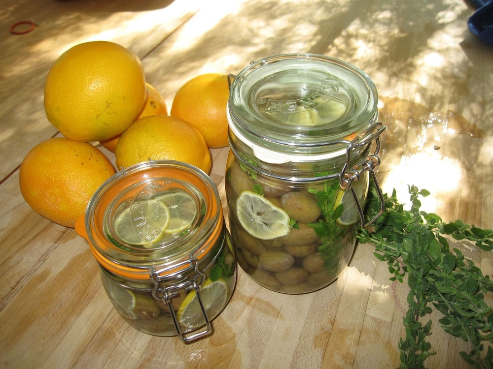 Olives in their finishing brine.