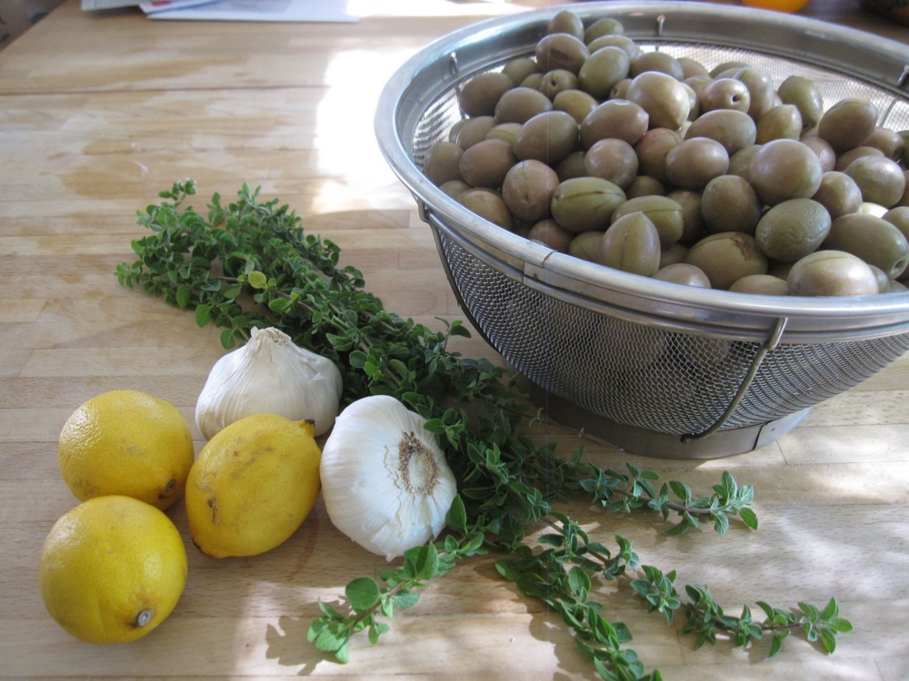 Ingredients for Olive Brine