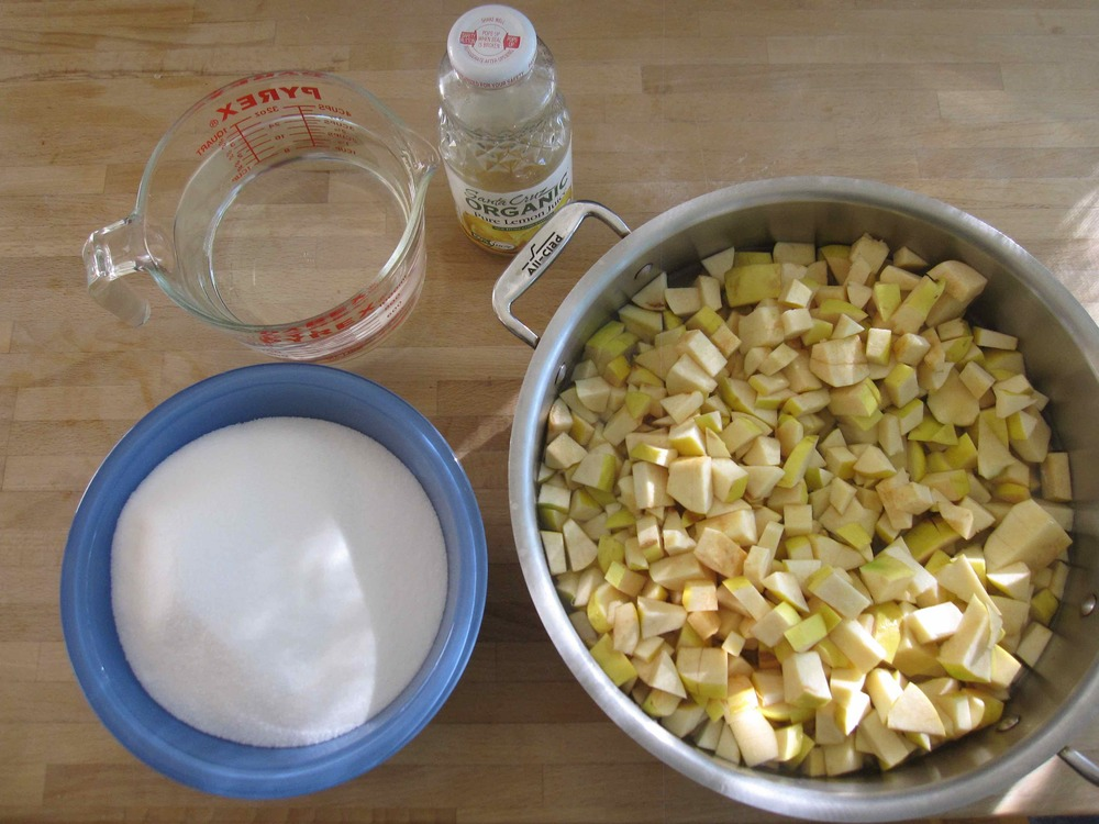 ingredients for membrillo