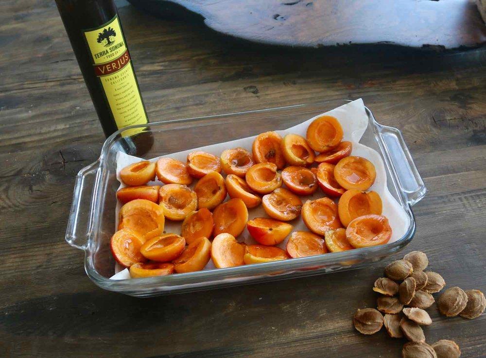 Roasting apricots