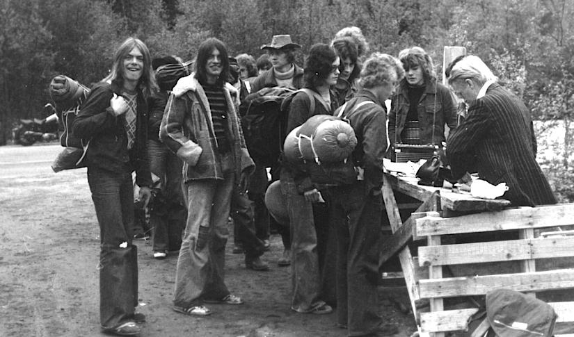 BILLETTKØ: Interessen for Troittampen økte på utover 1970-tallet. Noen som kjenner seg igjen? (Arkiv: Trolltamp.com)