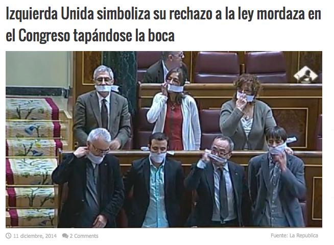 Opposisjonspartiet Izquierda Unida protesterte mot loven i kongressen i desember 2014.