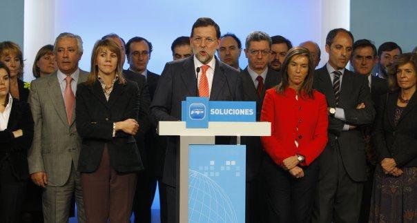 Statsminister Mariano Rajoy presenterer løsninger.