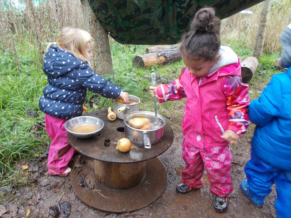 Child Led Play on Forest School