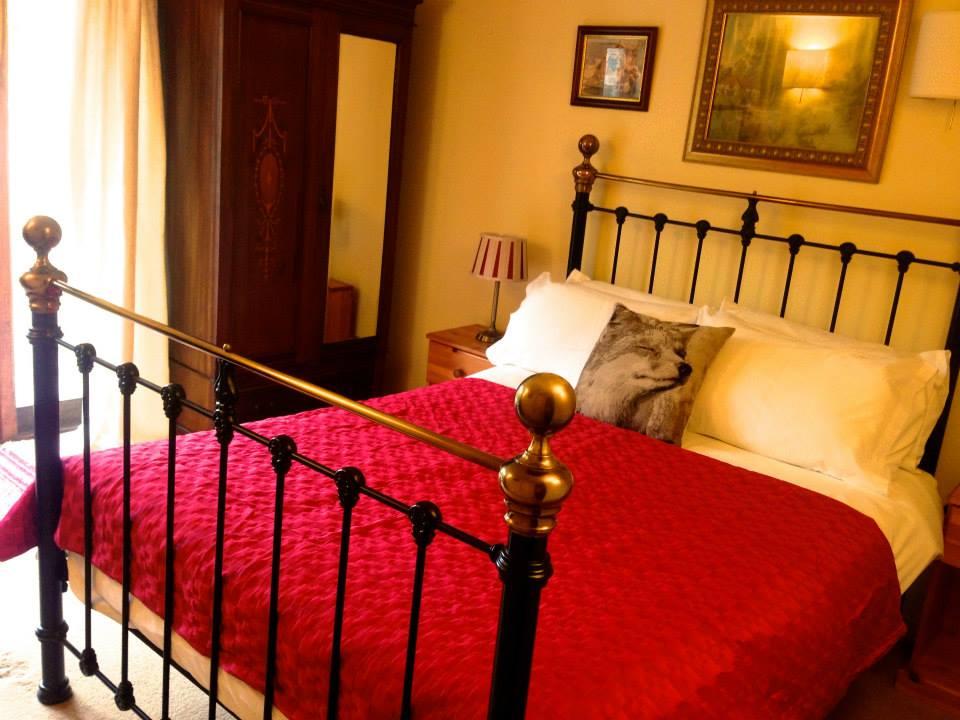 fox bedroom.jpg
