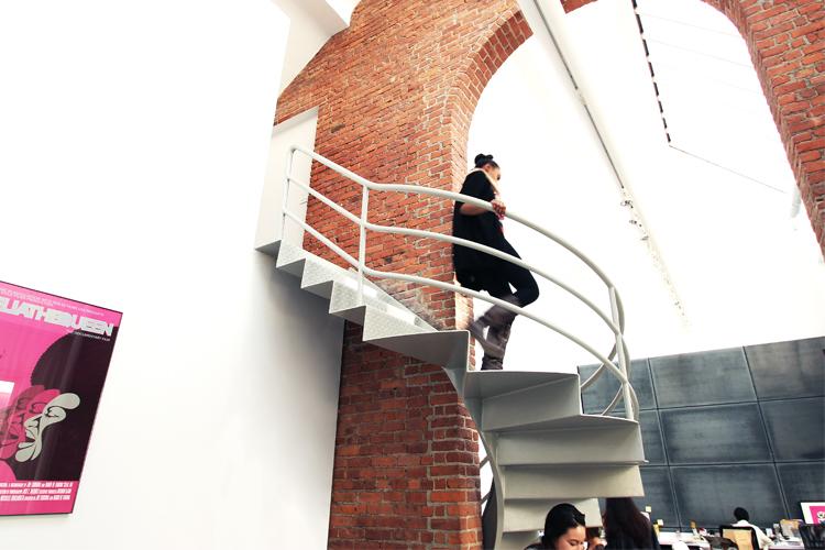 BMF stair 2a_o.jpg