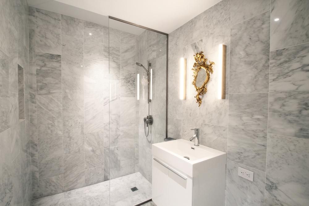 Lower Bath 3.jpg