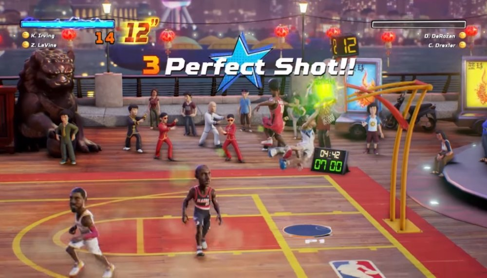 """The """"lottery pick"""" system of power-ups is well-implemented, with an interesting set of effects such as unlimited turbo or double points for dunks for a limited time. What I don't approve of are the bonus points awarded for """"perfectly timed"""" shots or for the first basket of the game, mainly because they can't be turned off, and, of course, the AI benefits from it far too much."""