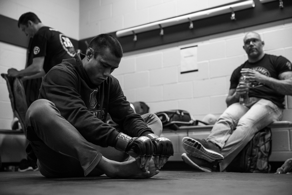 Andrews Nakahara streatching out prior to his dominate performance.