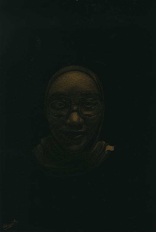 GoldPortrait005_.jpg