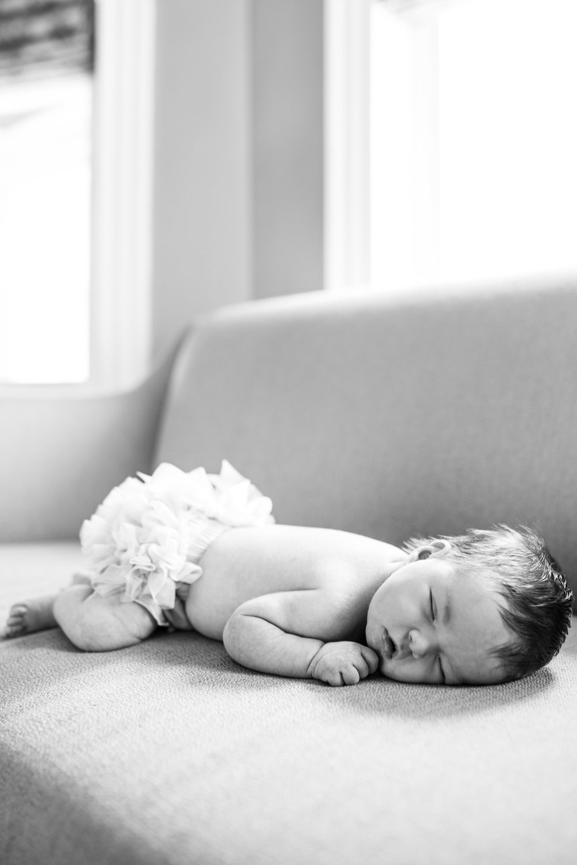 Newborn-Nora-27.jpg