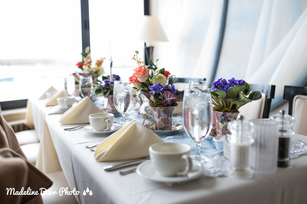 Victoria 39 s champagne brunch tea party bridal shower for Champagne brunch bridal shower