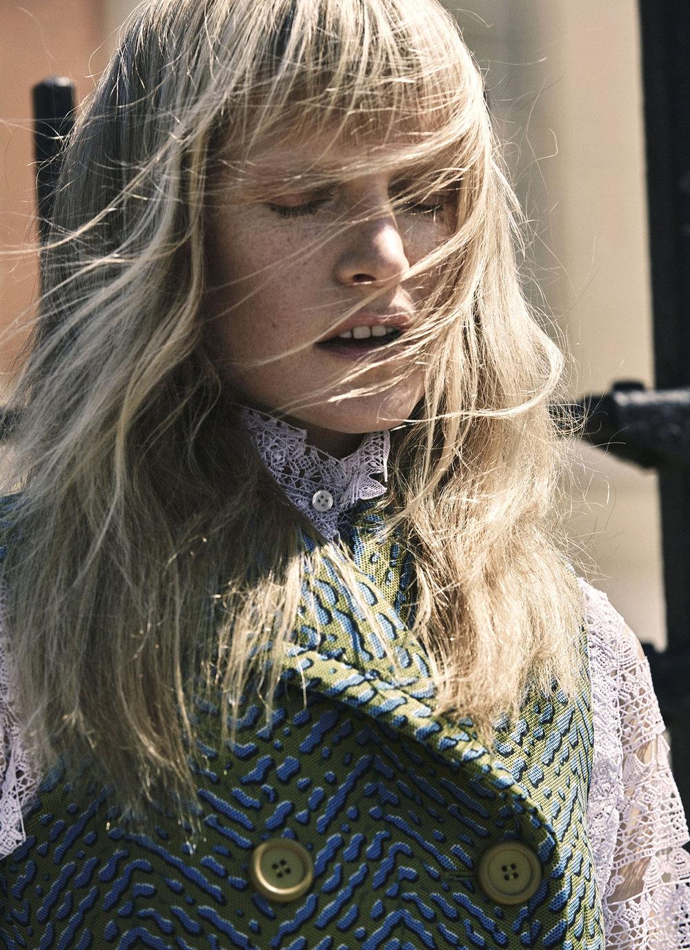 Vogue UA - Kirsten