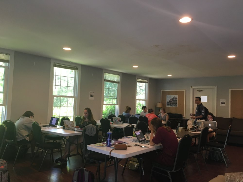The house is truly overflowing during exams. We were thankful for good weather as it allowed many more students to study at the Battle House and take much needed breaks.