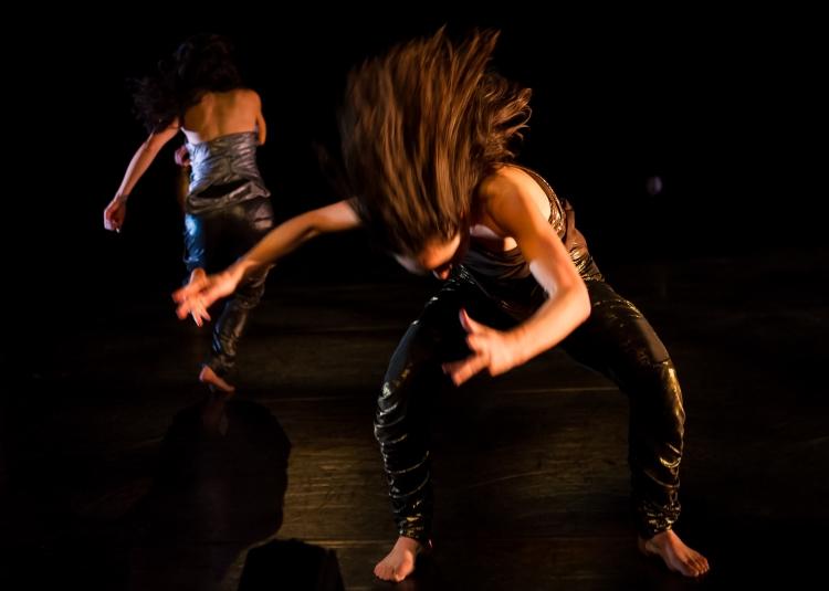 Emily:Aretha dancing_D3X0734 copy.jpg