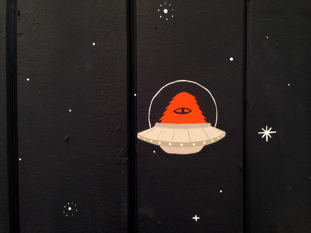 SpaceMuralUFO.png
