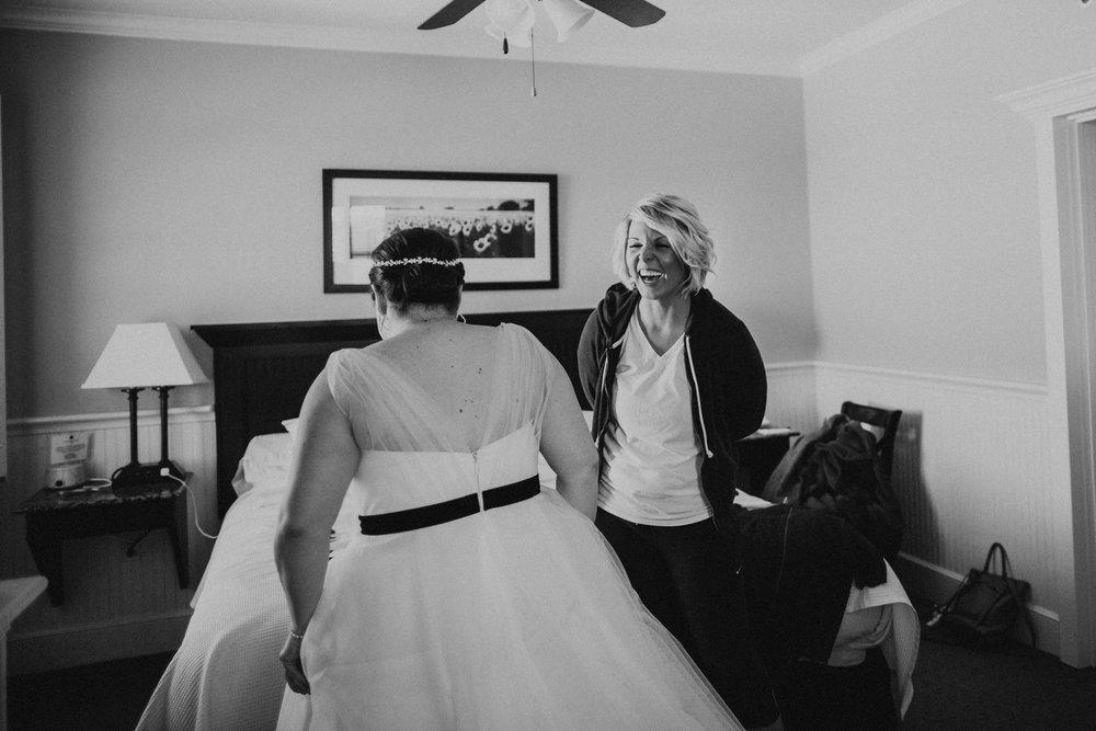 Lawrence Kansas Cider Gallery Wedding-21.jpg