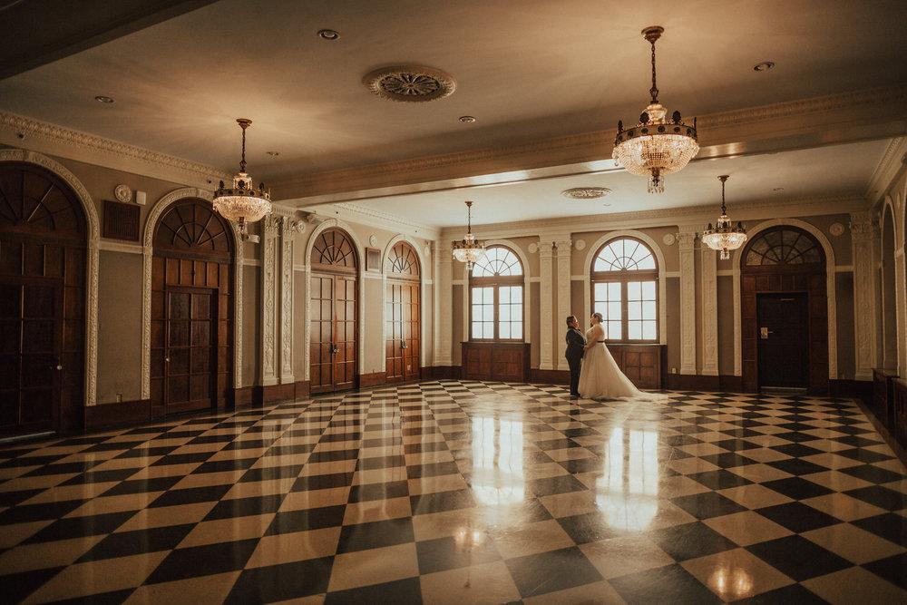 Lawrence Kansas Cider Gallery Wedding-38.jpg