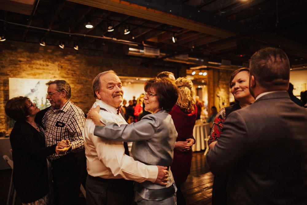 Lawrence Kansas Cider Gallery Wedding-115.jpg