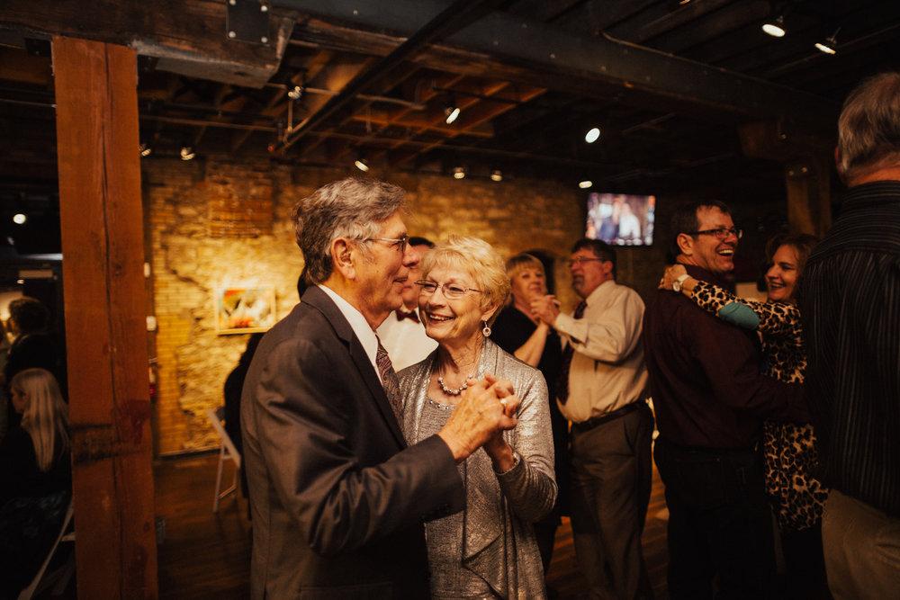 Lawrence Kansas Cider Gallery Wedding-121.jpg