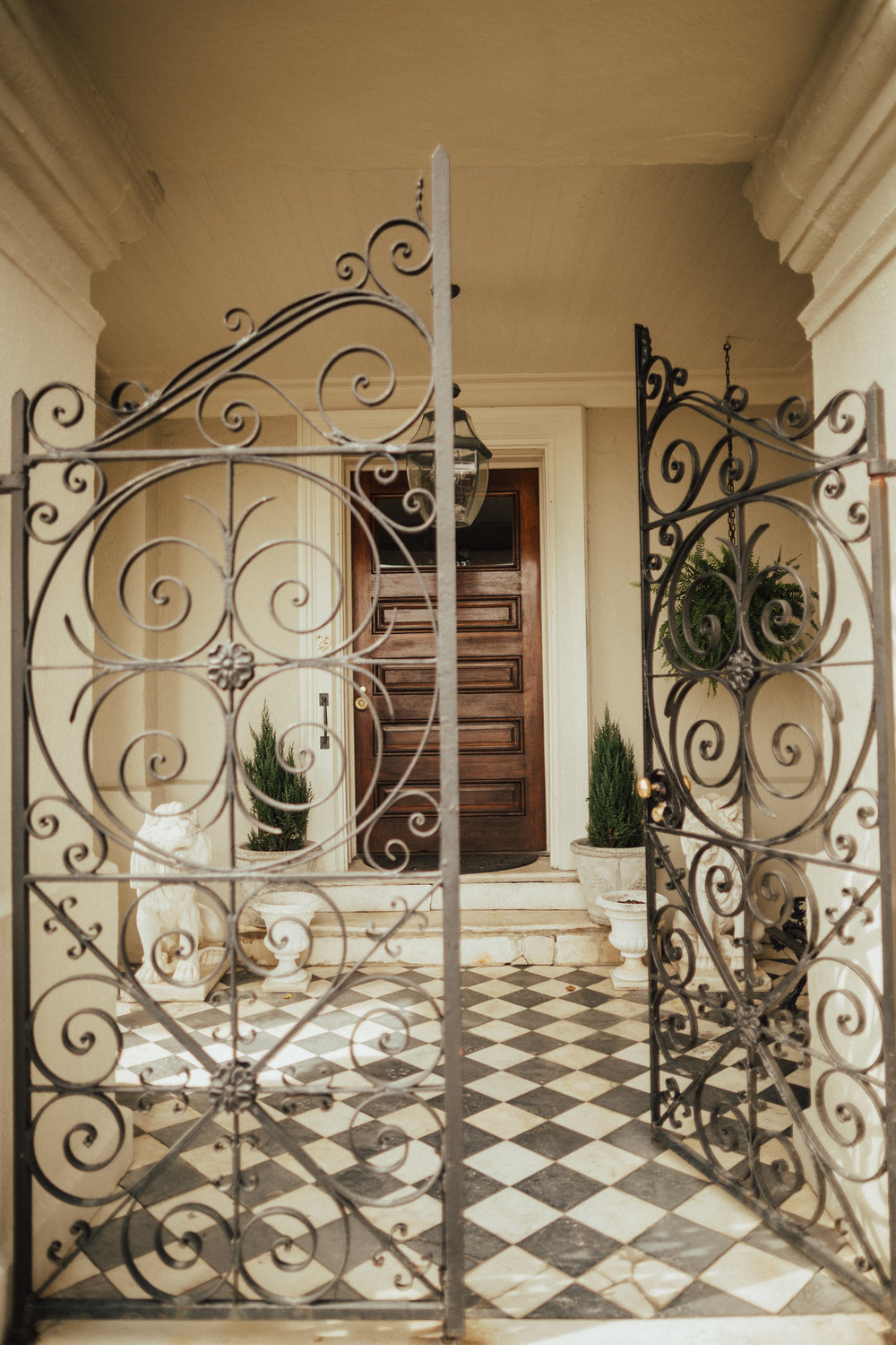 Beautiful Doorways in Charleston South Carolina-10.jpg