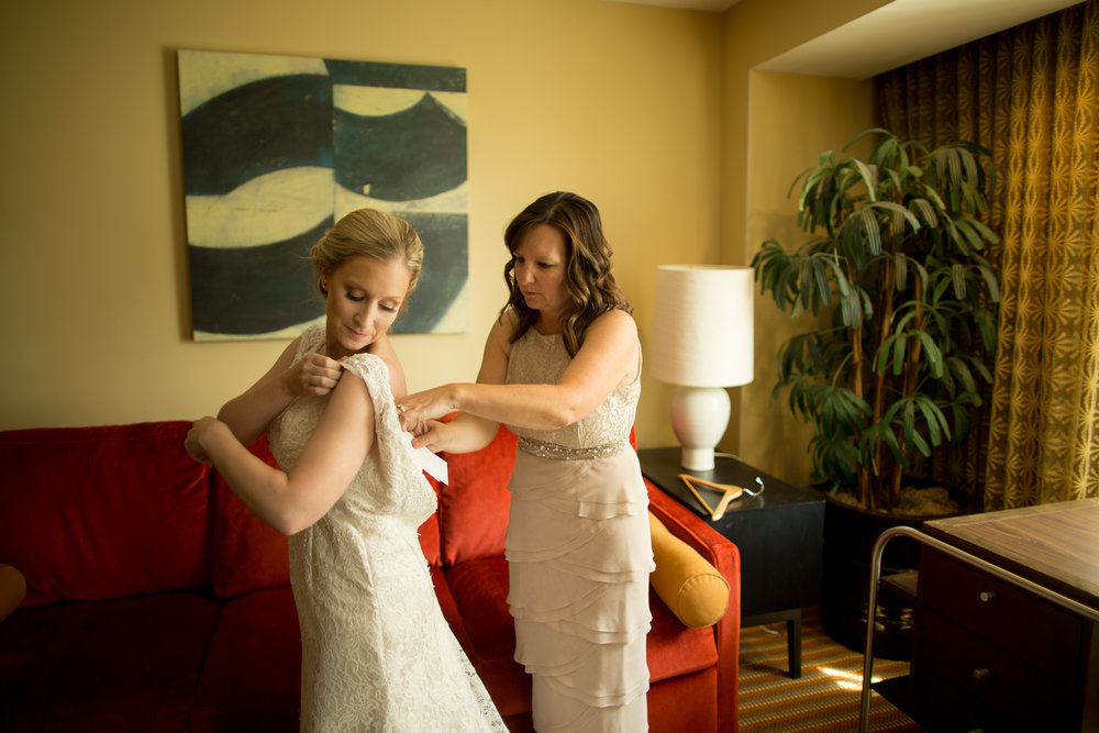 lawrence kansas wedding photographer-9.jpg