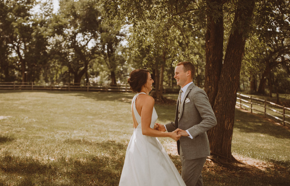 kansas city barn wedding -49.jpg